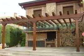 Pergola de madera para vivienda particular